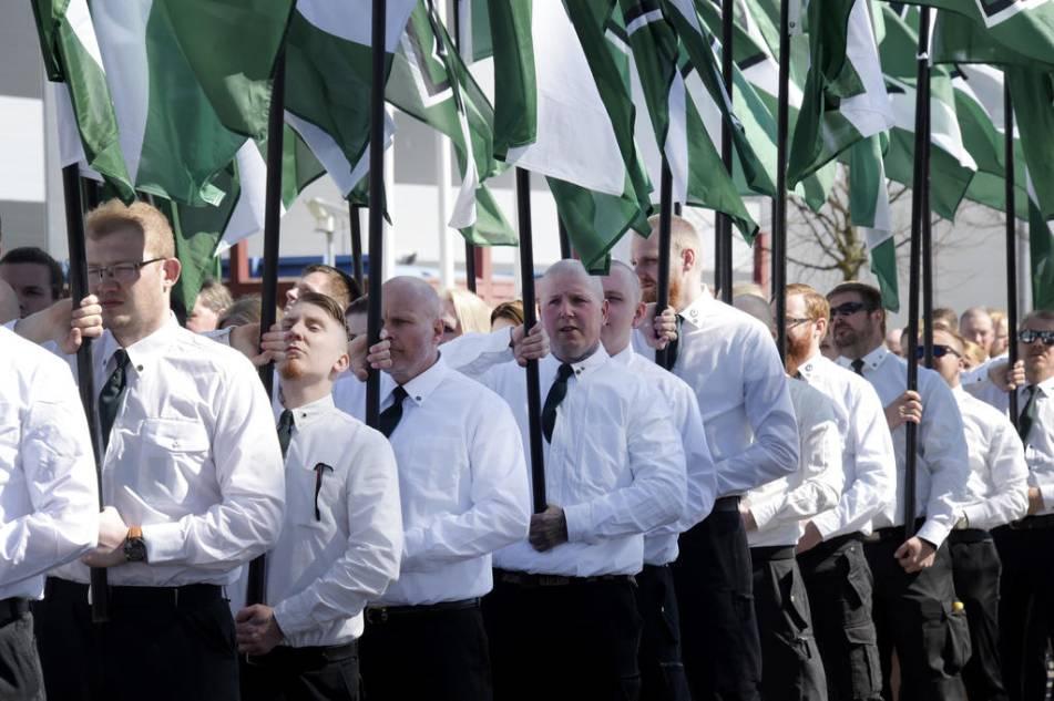 Nazister far behalla lokal i vara